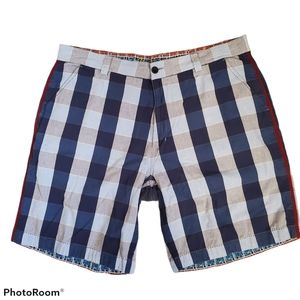 Robert Graham blue plaid Bermuda shorts size 38